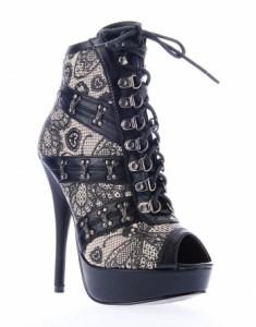 Nouvelles chaussures montantes Iron Fist