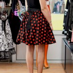 Top Sourpuss+ Jupe Hell Bunny+ Chaussures Pin-Up